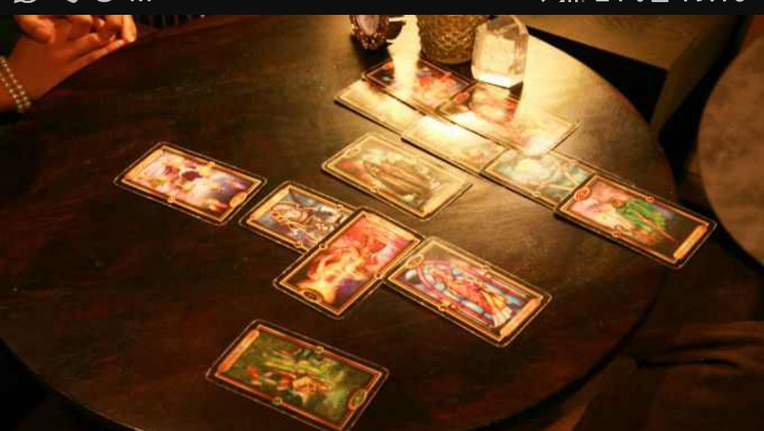 I will read you future using my tarot cards